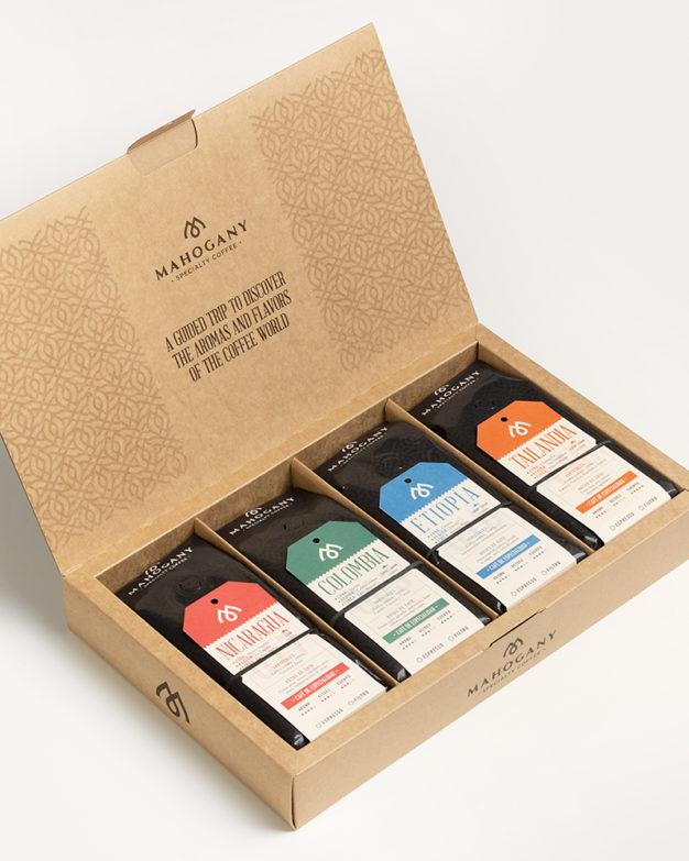 Caja con cuatro cafés de especialidad tostado filtro